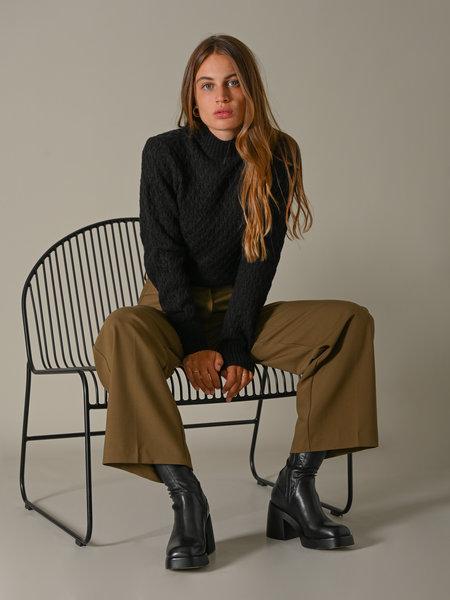 YAS Briva Knit Pullover Black