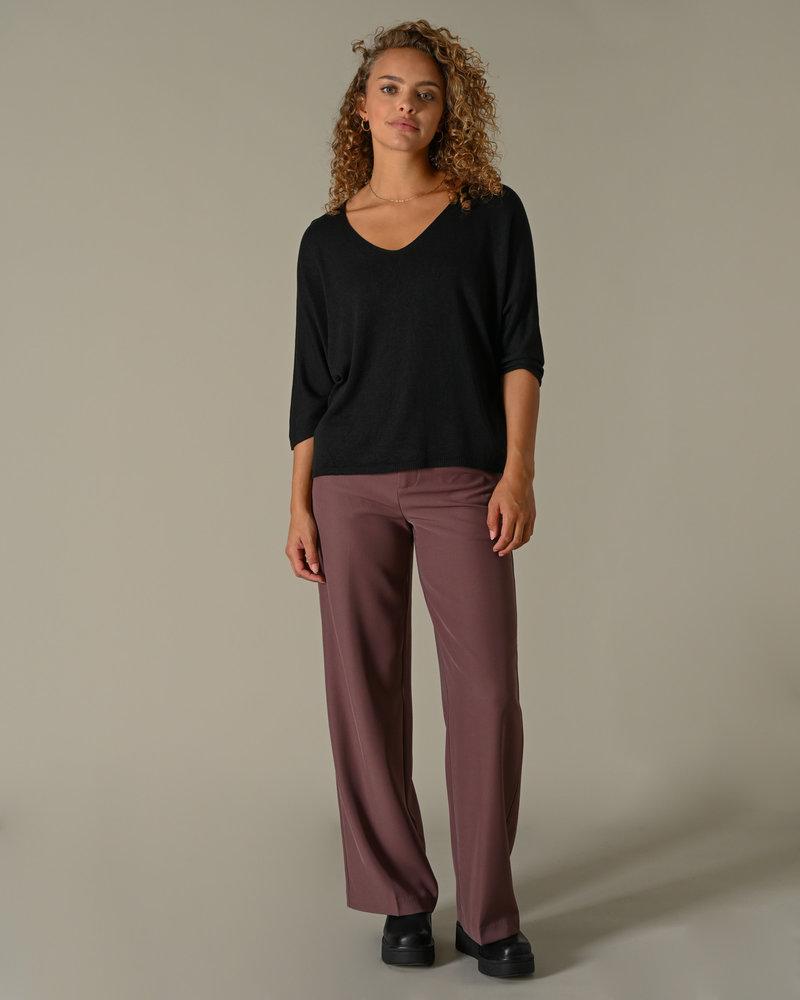 TIlTIL Amber Knitted Top Black
