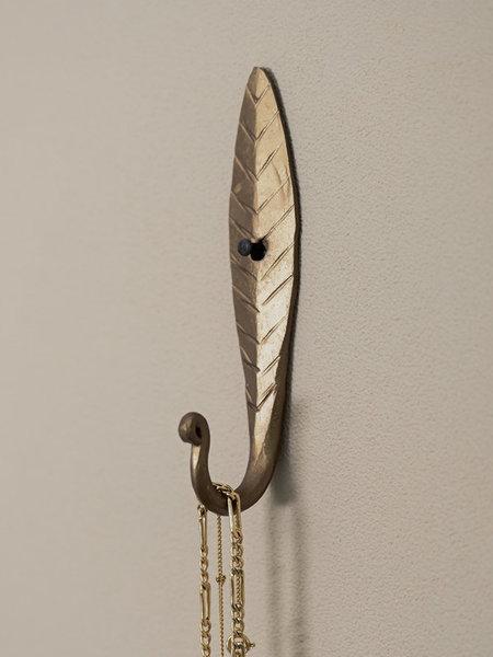 Madam Stoltz Brass Hook Leaf
