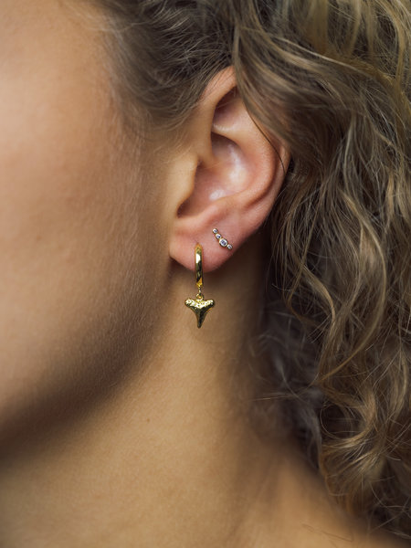 All The Luck In The World Souvenir Earring Tooth - Gold