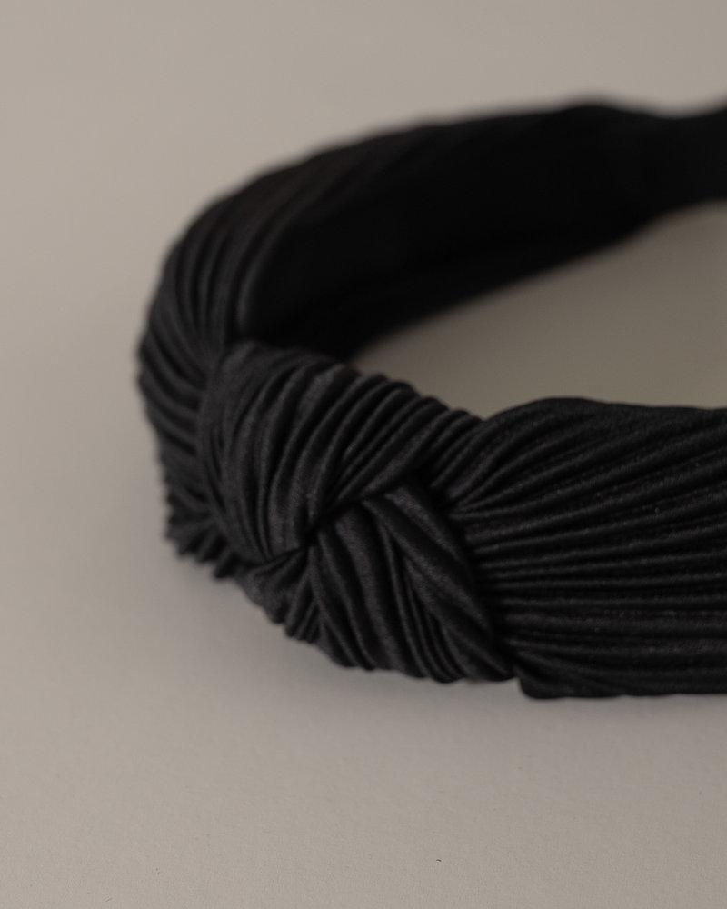 Liliana Solid Plisse Headband Black