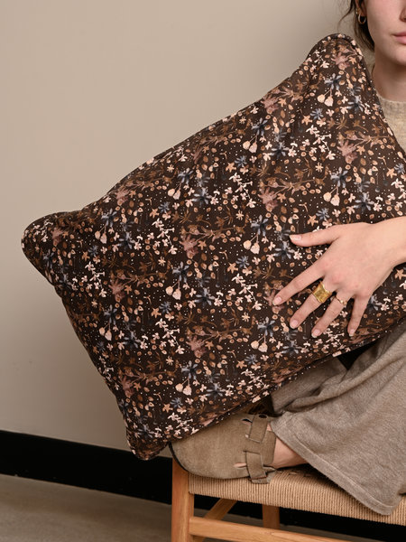 Cushion Vogue Velvet Aquarel Flower Coffee