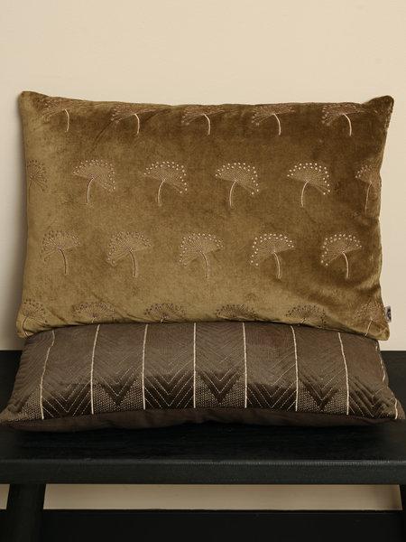 Cushion Sparkle Velvet Tea Leaves