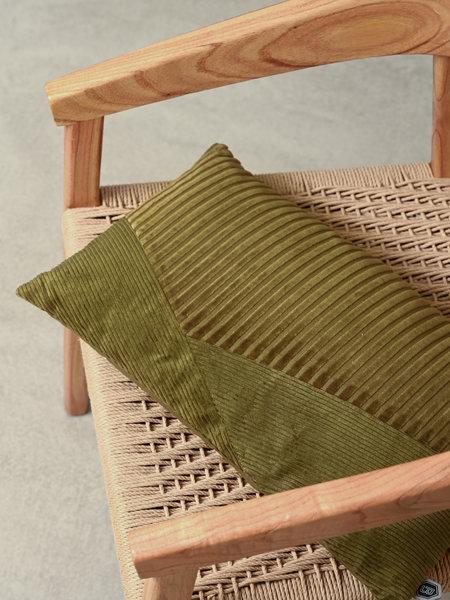 Cushion Welts Velvet Tea Leaves