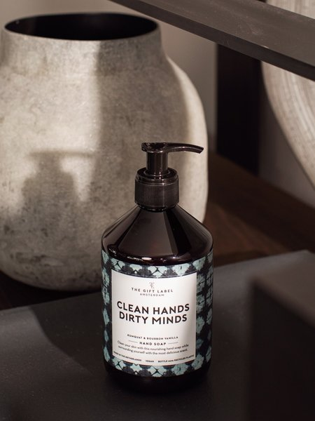 The Giftlabel Handsoap Clean hands dirty minds