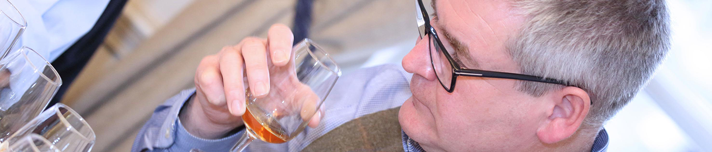 Meet our whisky expert