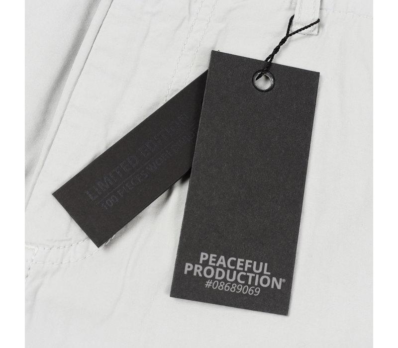 Peaceful Production cargo shorts Ice