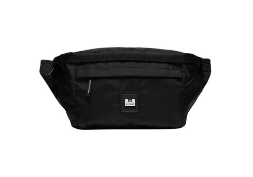 Weekend Offender Weekend Offender oversized body bag Black