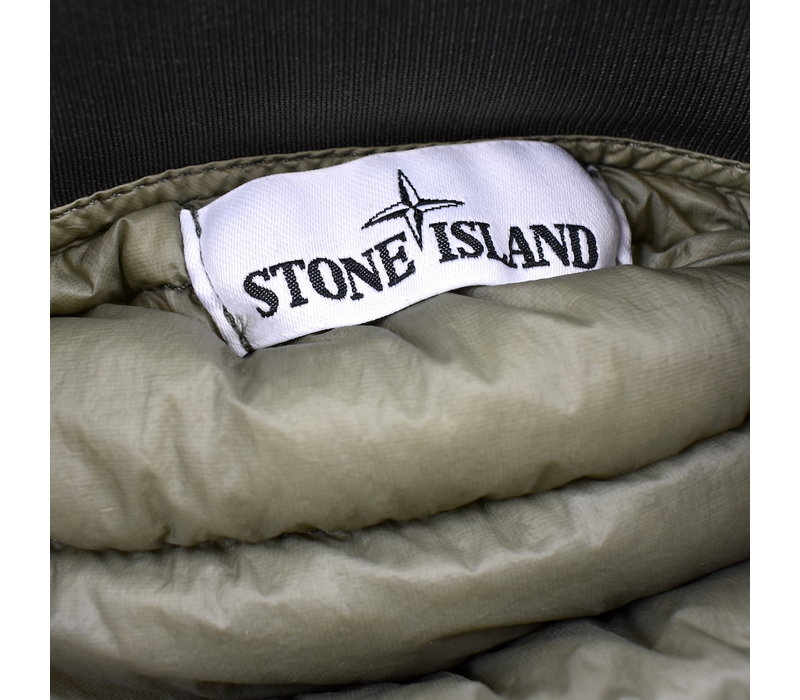 Stone Island green packable garment dyed micro yarn down gilet L