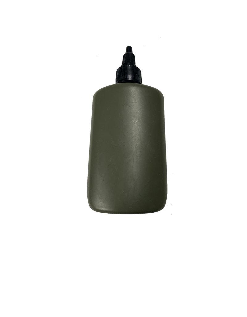 Flesjes wapen olie
