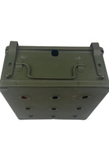 Engelse WO2 mint safety cooker