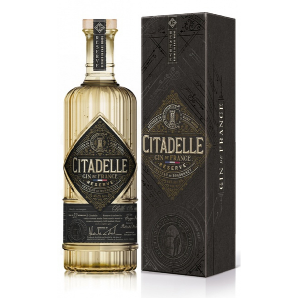 Citadelle Reserve Barrique Aged Gin 70CL Giftbox