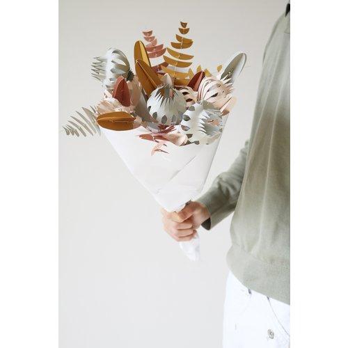 Jurianne Matter Kore papieren bloemen by Julianne Matter