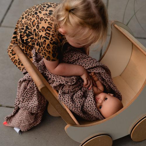 Lieve, zachte knuffels en prachtige poppen van Paola Reina