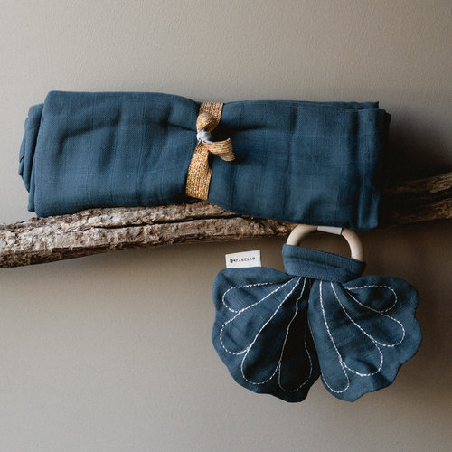 Fabelab Bijtring Butterfly Blue Spruce