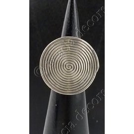 Silver ring with circle