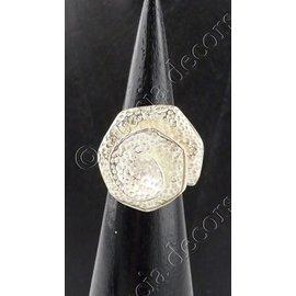 Ring zilver met gemarteleerde roos