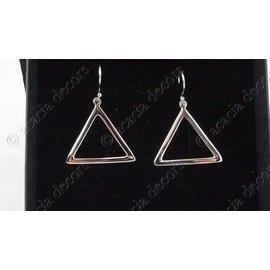 Pendientes triángulo abierto plata 2,5 cm.