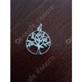 Pendant with chain acacia tree in circle