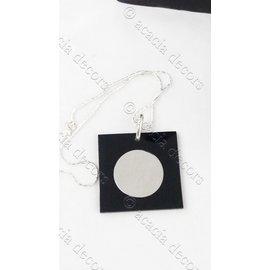 Hanger met ketting vierkant met zilveren cirkel