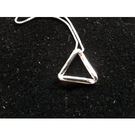 Pendant with  chain - triangle 15mm