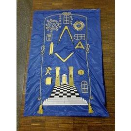 alfombra bordada a mano según su propio diseño