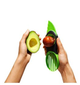 OXO Good Grips Avocadosnijder 3-in-1, groen