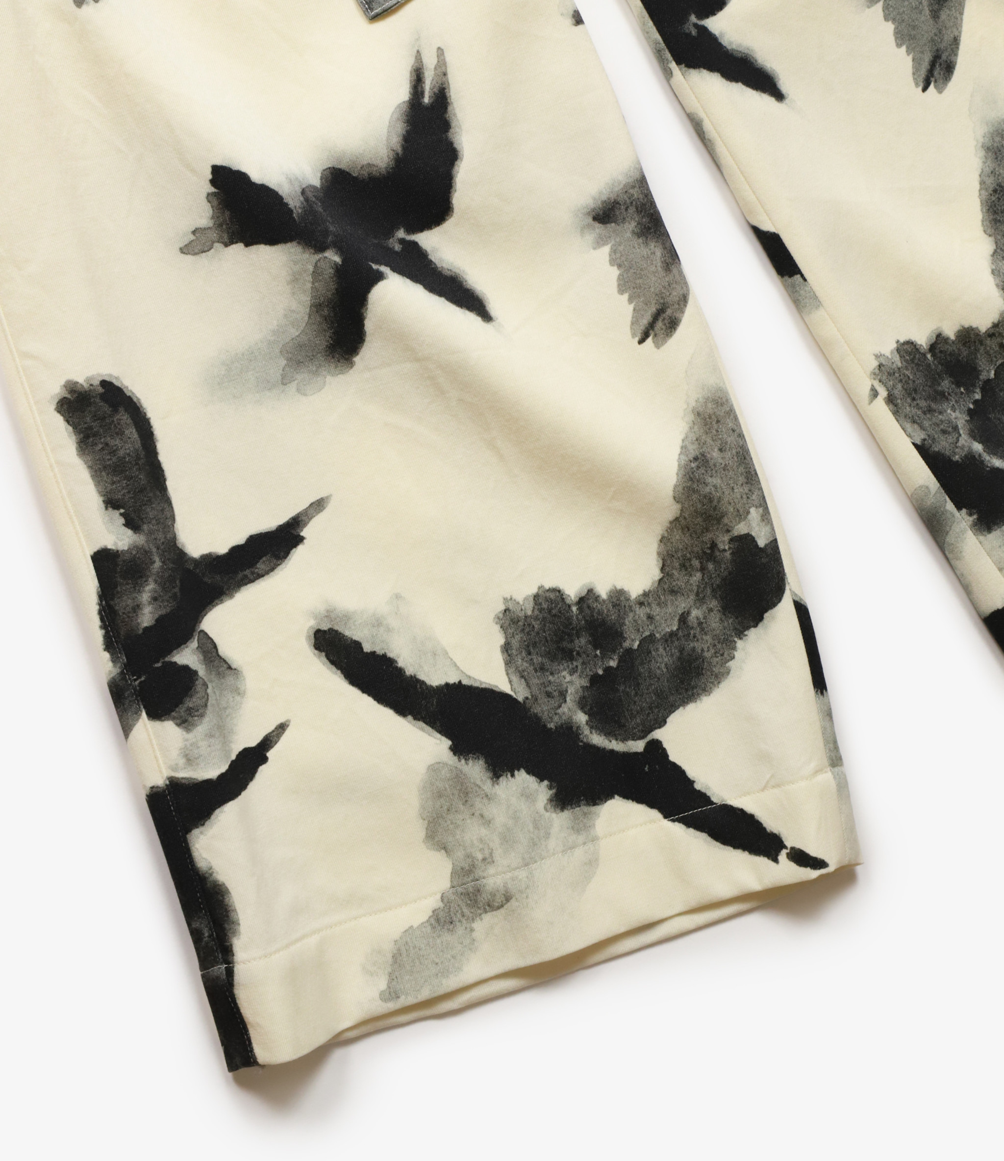 Sasquatchfabrix. Crow Pattern Easy Pants - Wu-Pattern