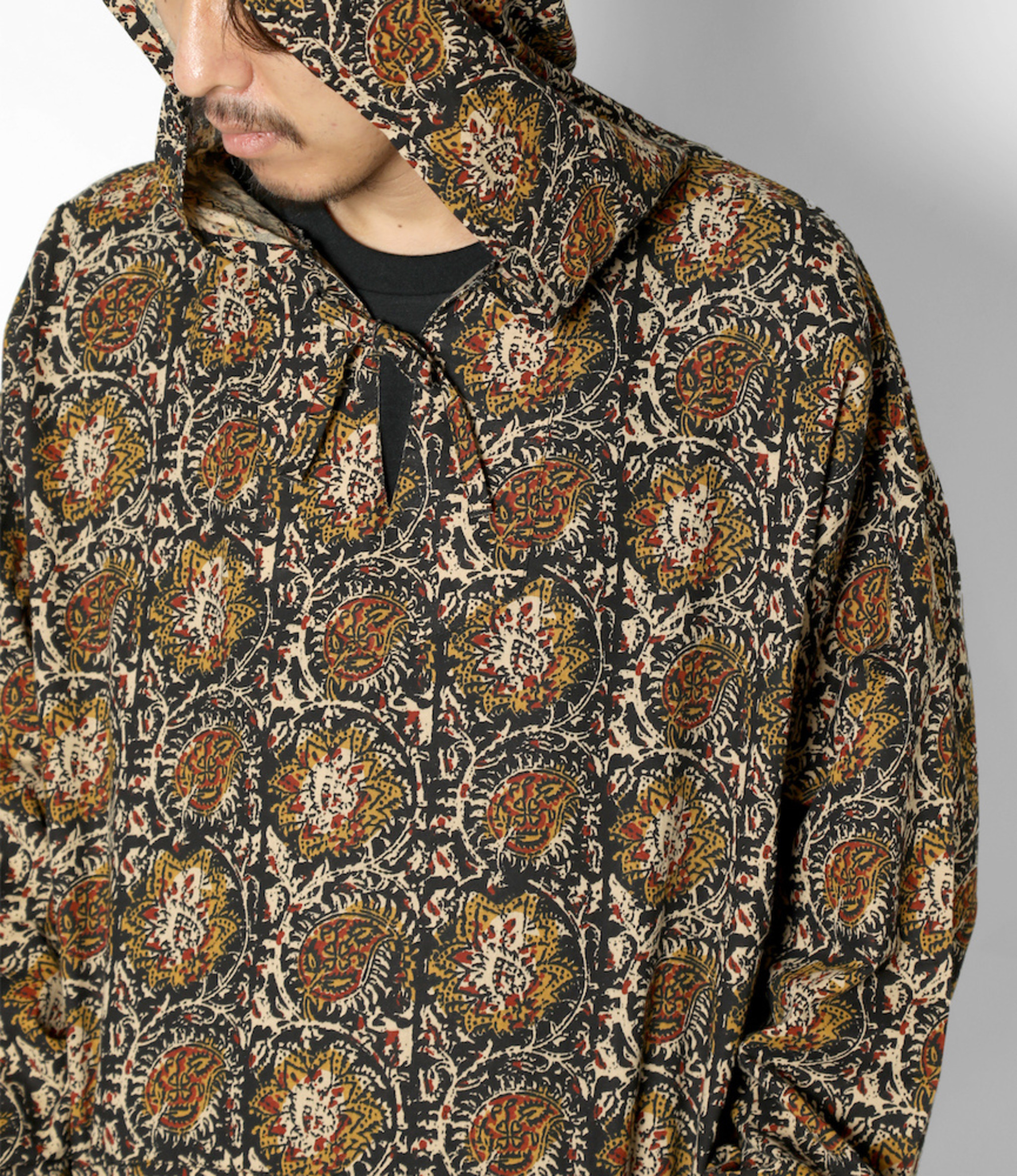 South2 West8 Mexican Parka - Printed Flannel / Paisley -  Black