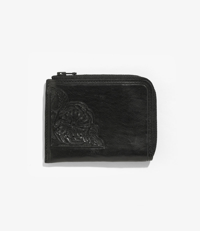 Needles Carving Coin Case - Black
