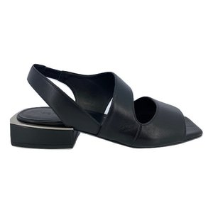 Vic Matie Vic Matie 1X8726D.X44C5XB323 sandalo zwart