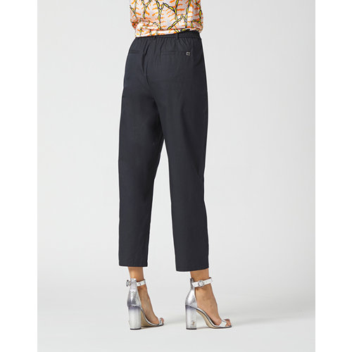 Manila Grace Manila Grace CROPPED TROUSERS black
