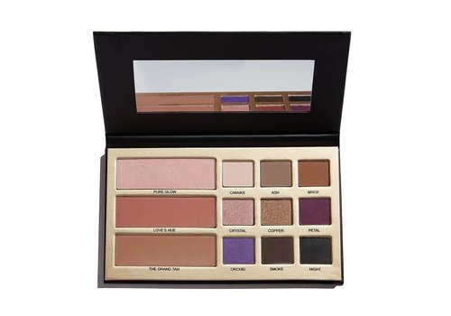 Makeup Revolution Beauty Legacy by Maxineczka Palette