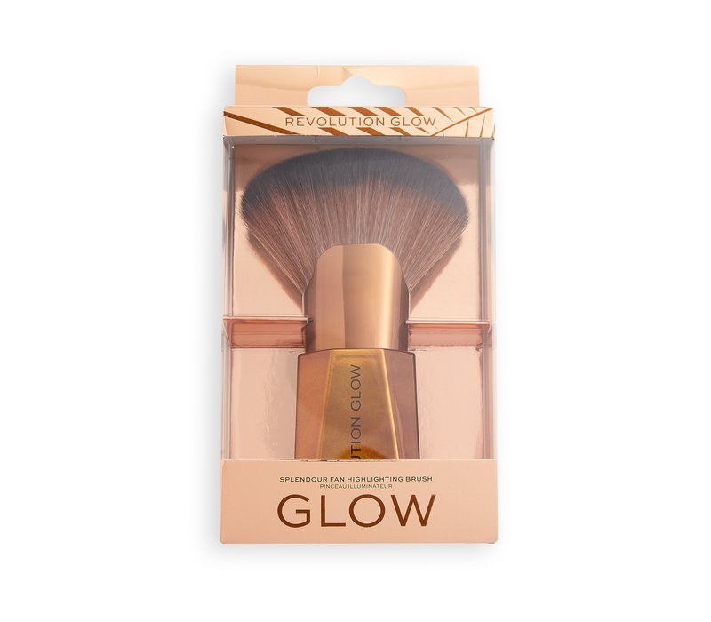 Makeup Revolution Glow Splendour Fan Highlighting Brush