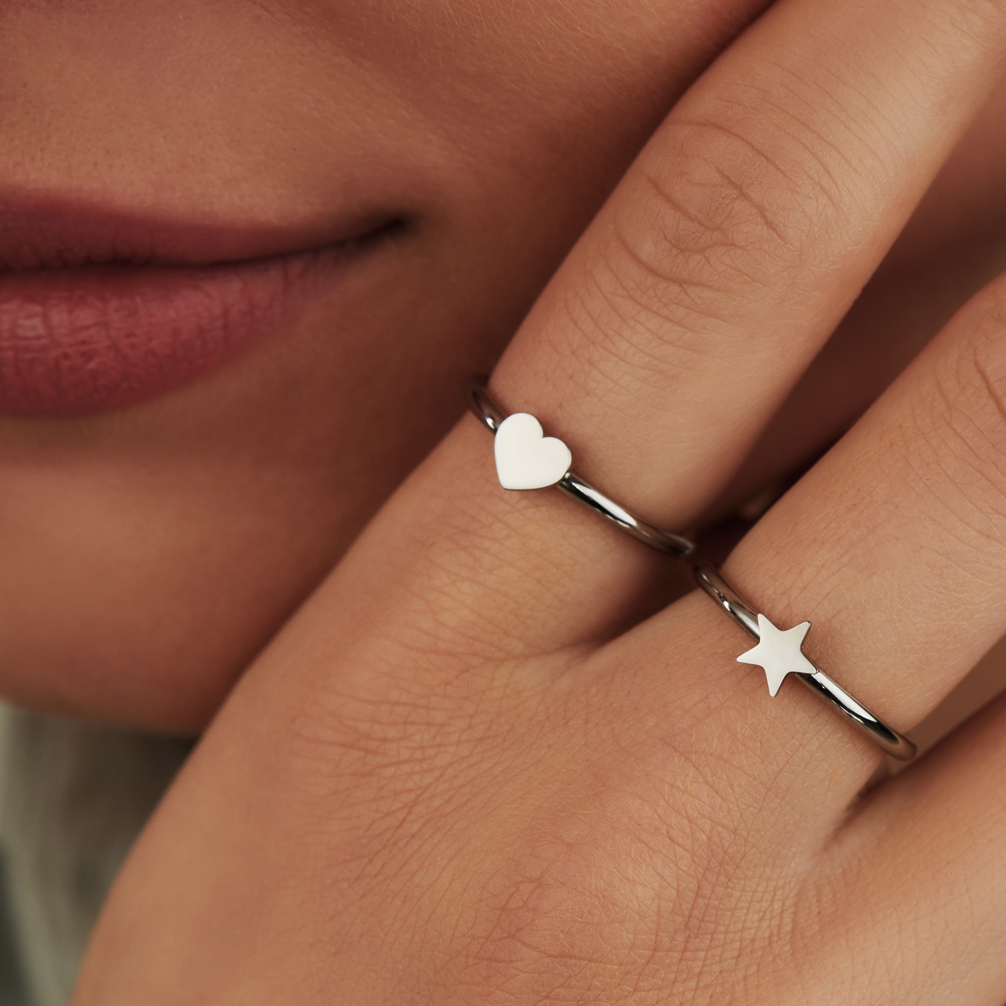 May Sparkle Forever Young Lova zilverkleurige ring met hartje