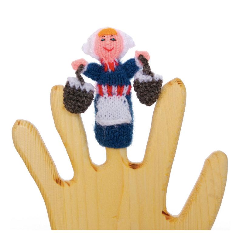 Finger puppet milkmaid