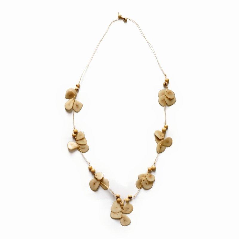 Necklace Tropicana, coloured nuts