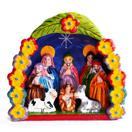 Nativity scene in arch of flowers, large