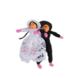 Lucky dolls, bridal couple