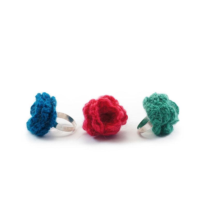 Ring, flower alpaca wool
