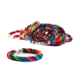 Armband Indiaanse textiel, bont gekleurd