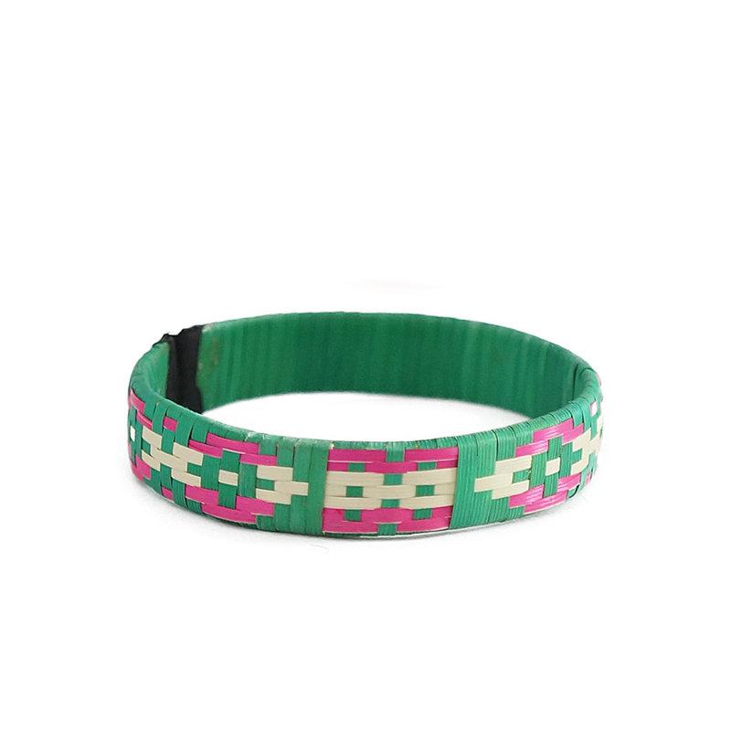 Bracelet of Indian wicker