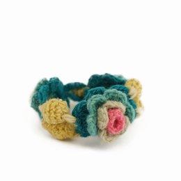 Crocheted bracelet flowers, 100% wool