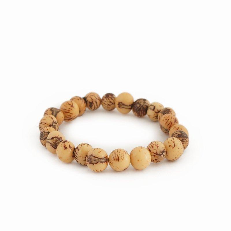 Bracelet of natural nuts (beige), large