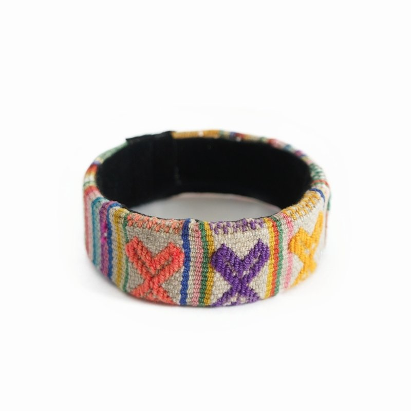 Bracelet Inca, wide Indian textile, 100% wool