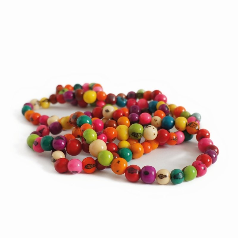 Necklace coloured nuts, double length