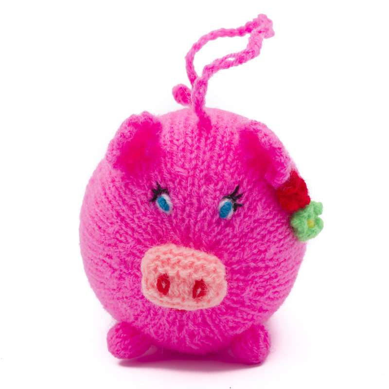 Hand knitted lady pig, round