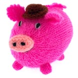 Hand knitted mister pig, round