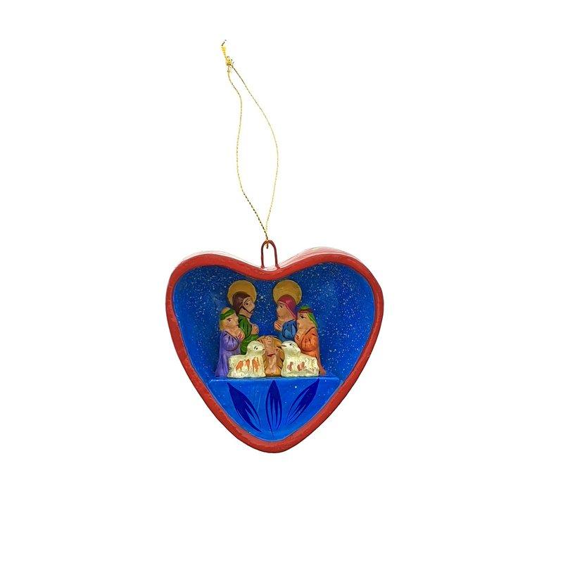 Kerststal in hart, aardenwerk