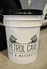 Petrol Cave Petrol Cave Bucket 19L met grit guard en schroefdeksel